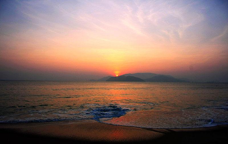 bình minh bãi biển Nha Trang