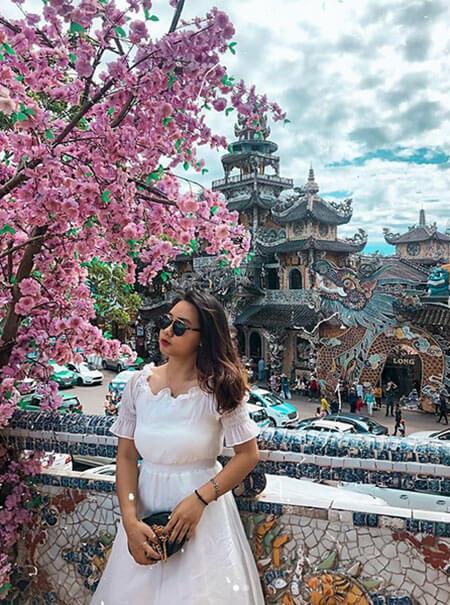 chùa Ve Chai Đà Lạt
