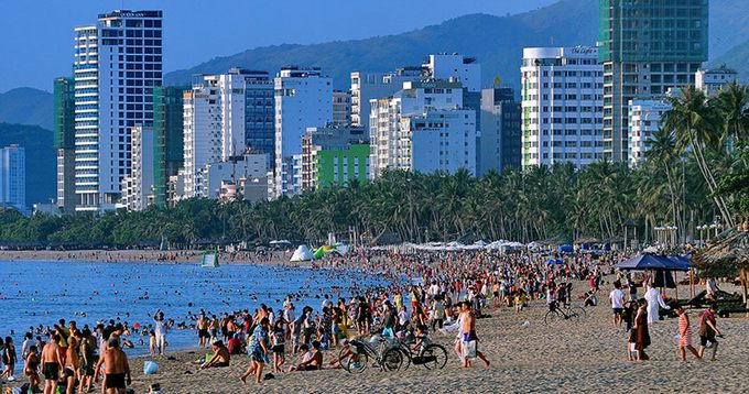 Teambuilding tại bãi biển Nha Trang