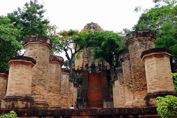 tháp pà Ponagar Nha Trang
